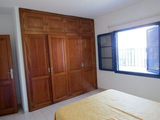 LZ 210769-5 Doppelschlafzimmer mit Einbauschrank