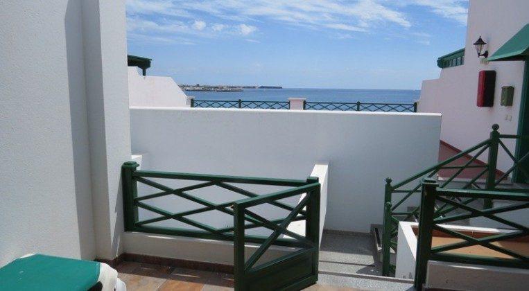 LZ 169285-7 Ausblick von der privaten Terrasse zum Meer