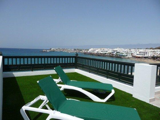 LZ 210770-8 Wohnbeispiel Terrasse mit Blick zum Hafen