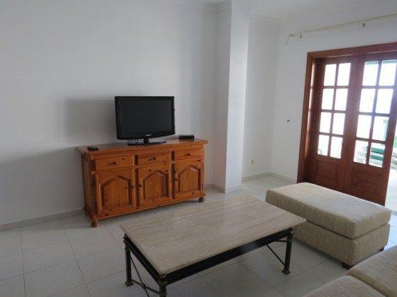 LZ 169285-9 Sitzecke mit Fernseher Wohnung A