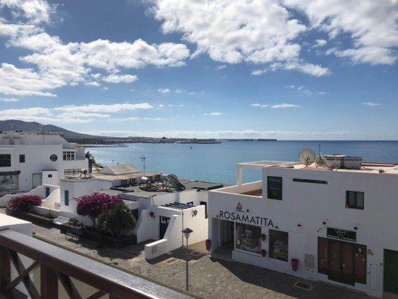 LZ 210739-1 Ausblick von der Terrasse auf das Meer