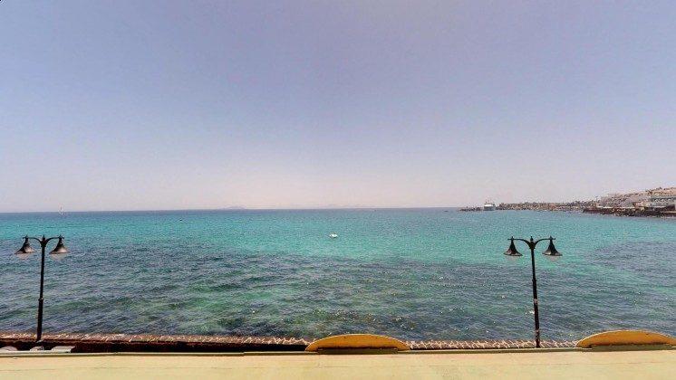 LZ 210769-13 Ausblick auf das Meer