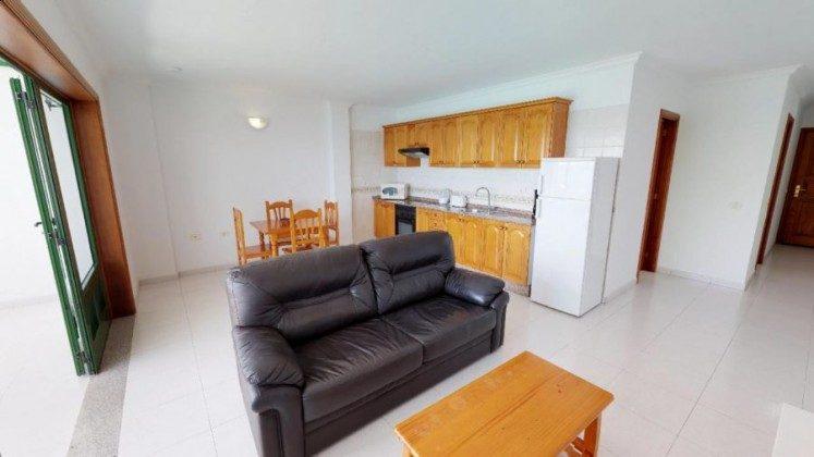 LZ 210769-4 Wohn-/Esszimmer mit Küchenzeile