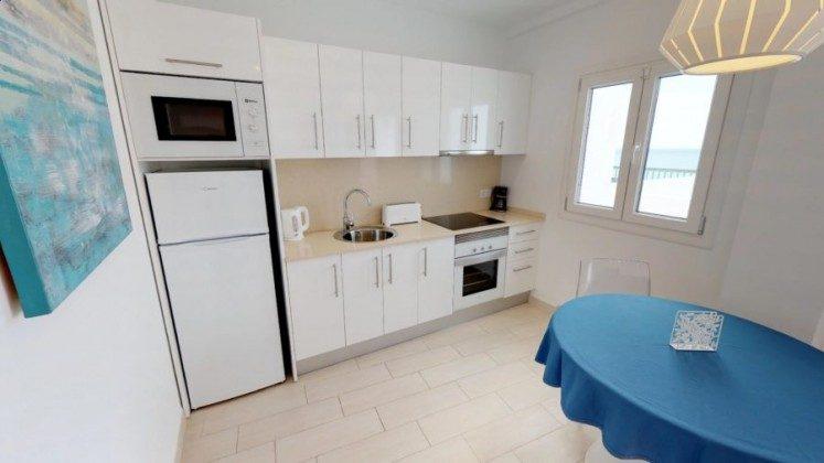 LZ 210770-8 Wohnbeispiel Küchenzeile