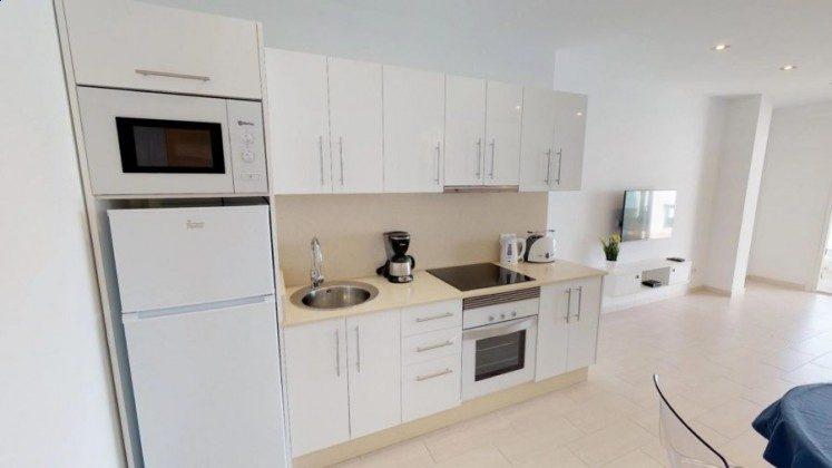 LZ 210770-9 Wohnbeispiel moderne Küchenzeile Wohnung A