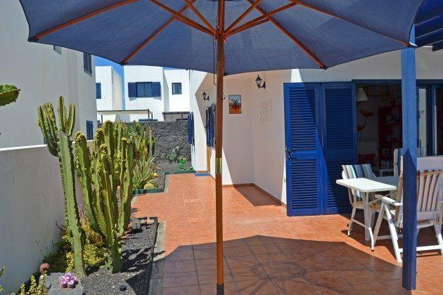 private Terrasse am Haus