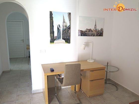 Schreibtisch im Wohnbereich