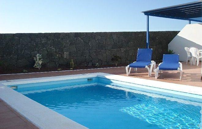 Spanien Kanaren Villa mit Pool auf Lanzarote
