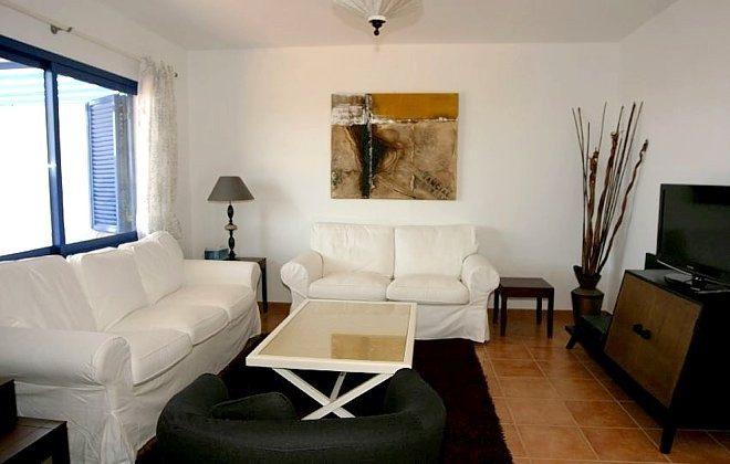 Wohnbereich mit Flat-TV