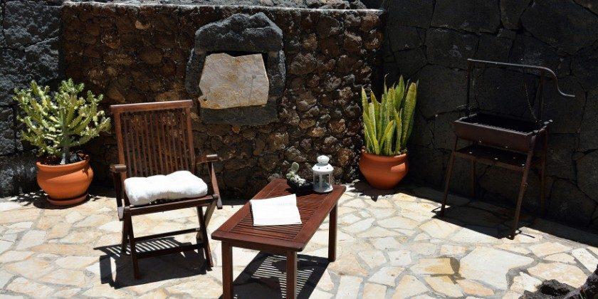 LZ 61383-14 gemauerter traditioneller Ofen