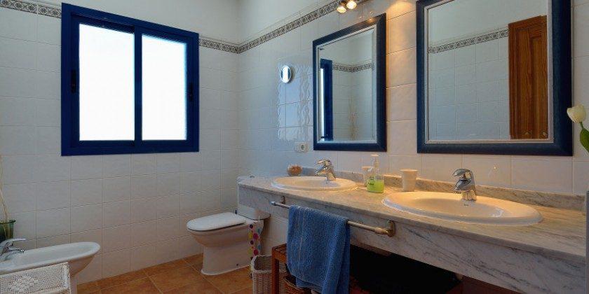 LZ 61383-14 Badezimmer en-suite