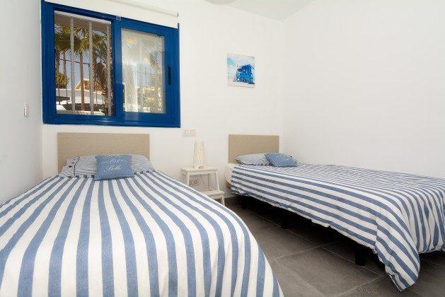LZ 110068-25 Schlafzimmer mit Einzelbetten