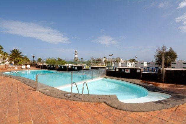 LZ 110068-25 großer gemeinschaftlicher Swimmingpool