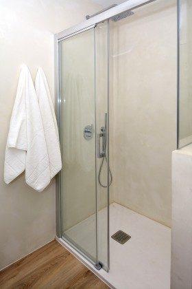 LZ 110068-26 Bad mit Dusche