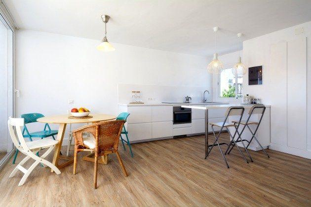 LZ 110068-26 Wohn-/Esszimmer mit Küchenzeile