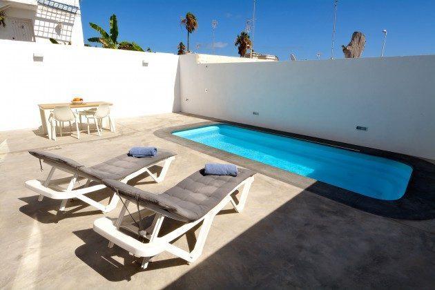 LZ 110068-26 Lanzarote Ferienhaus mit Meerblick und Pool