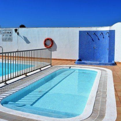 LZ 110068-78 Pool mit Kinderbereich und Außendusche
