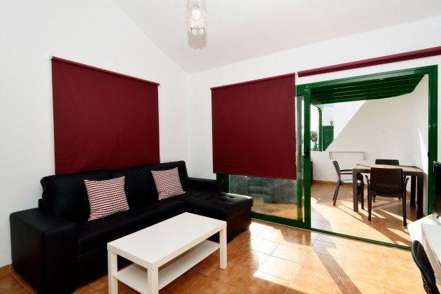 LZ 110068-78 Wohnbeispiel Wohn-/Essraum mit Zugang zur Terrasse
