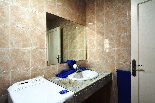 LZ 110068-79 Wohnbeispiel Badezimmer