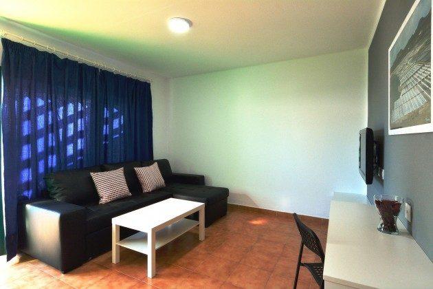 LZ 110068-79 Wohnbeispiel Wohnzimmer