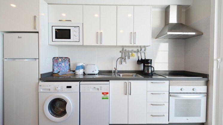 LZ 110068-85 Wohnbeispiel Küchenzeile