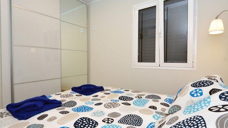 LZ 110068-85 Wohnbeispiel Doppelbett im Schlafzimmer