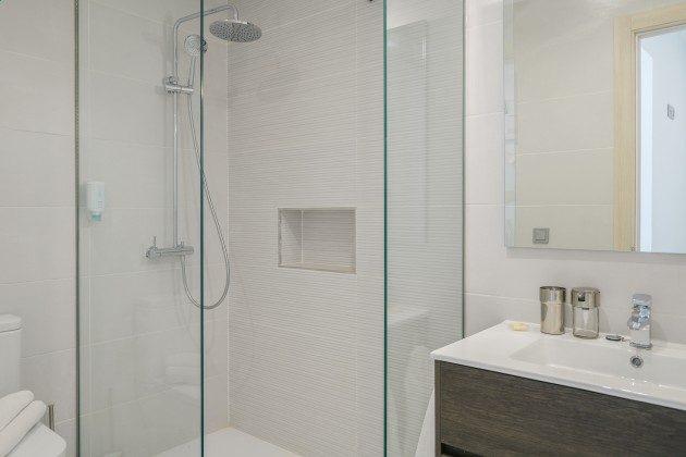 LZ 144288-47 Bad mit Dusche