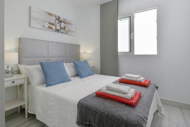 LZ 144288-49 eines der Schlafzimmer
