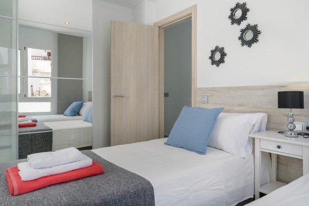 LZ 144288-49 Schlafzimmer mit Einzelbetten