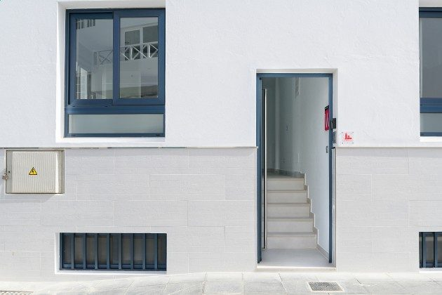 LZ 144288-49 separater Eingang zur Wohnung