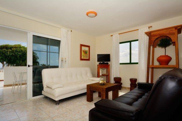 LZ 110068-34 Wohnzimmer La Lapa mit Zugang Terrasse