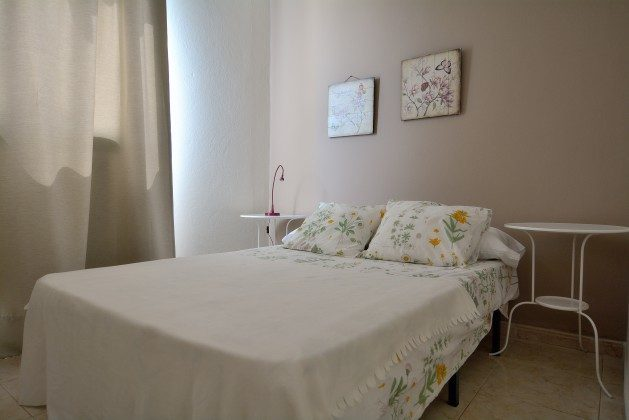 LZ 110068-34 Schlafzimmer mit Doppelbett La Lapa