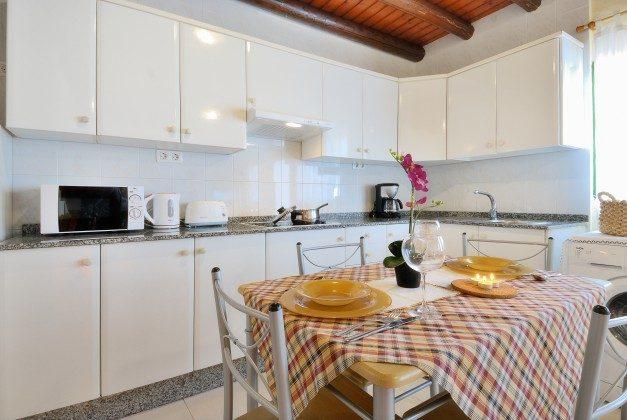 LZ 110068-34 Küchenzeile mit Essplatz Caracola