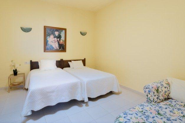 LZ 110068-34 Schlafzimmer mit Einzelbetten Caracola