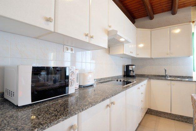 LZ 110068-34 gut ausgestattete Küchenzeile Caracola