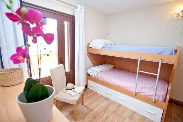 LZ 110068-44 zweites Schlafzimmer mit Etagenbett