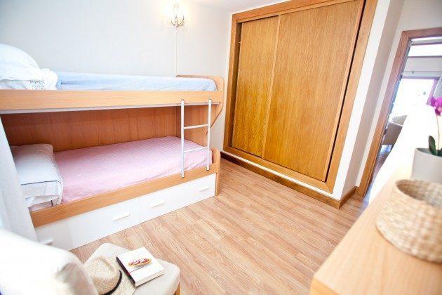 LZ 110068-44 Schrankraum im Schlafbereich