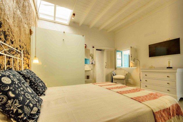 LZ 144288-27 Wohnbeispiel Sama Badezimmer en-suite zum Schlafbereich