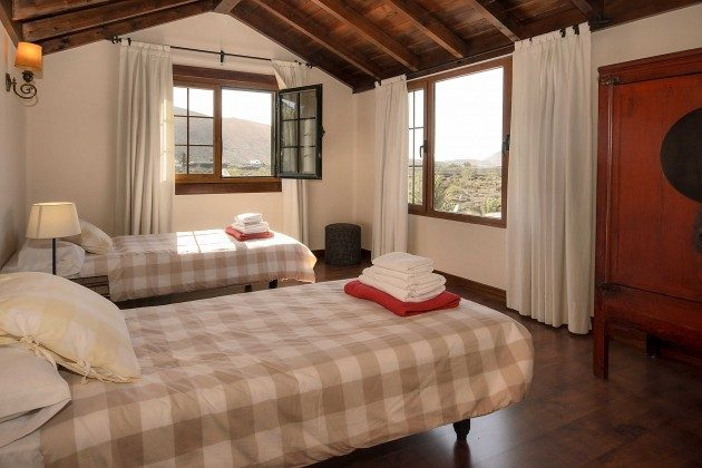 LZ 144288-10 Schlafzimmer mit Einzelbetten