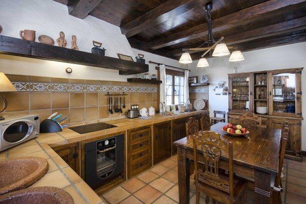 LZ 144288-10 gut ausgestattete Küche