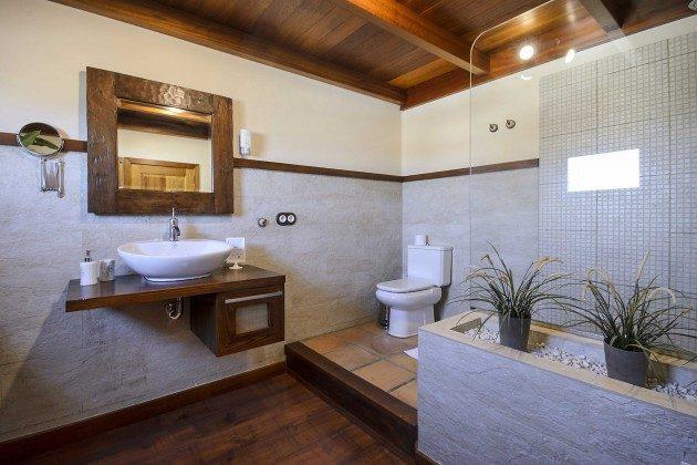 LZ 144288-10 Badezimmer mit Dusche