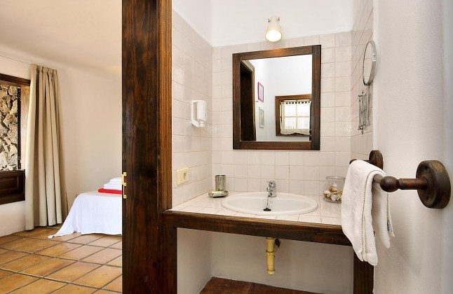 LZ 144288-45 Beispiel en-suite Badezimmer