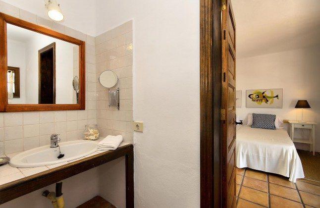 LZ 144288-45 Badezimmer direkt vom Schlafraum zugänglich