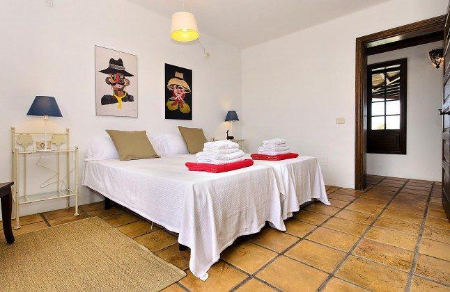 LZ 144288-45 Schlafzimmer mit Einzelbetten