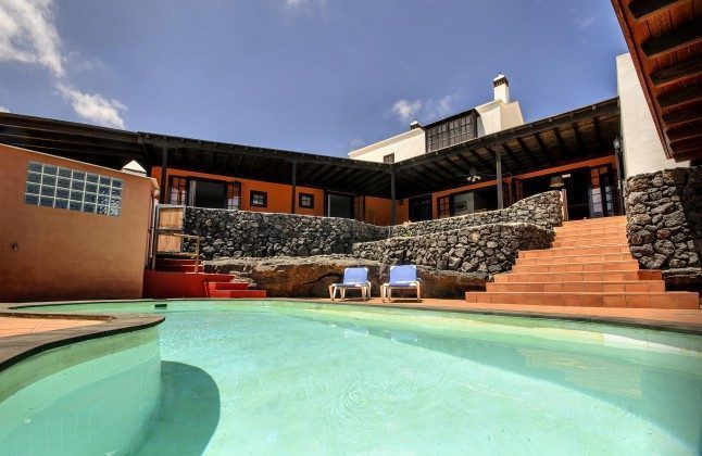 Spanien Kanaren Lanzarote Ferienhaus mit privatem Swimmingpool