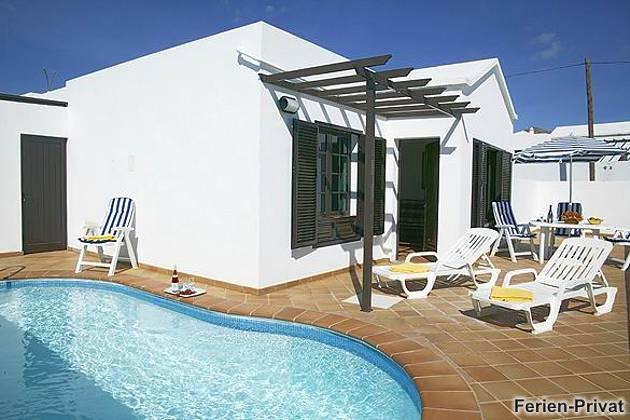 Wohnbeispiel privater Pool und Sonnenterrasse
