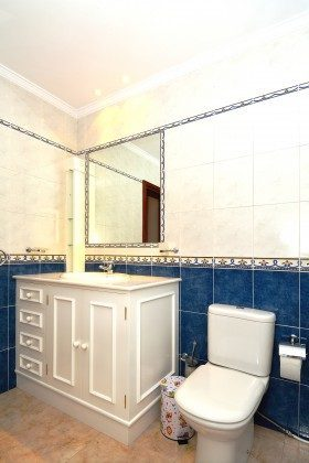 LZ 110068-51 Badezimmer