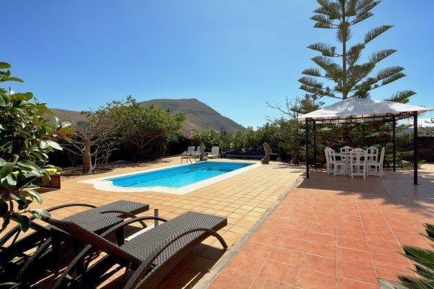 LZ 110068-51 Ferienhaus mit Pool