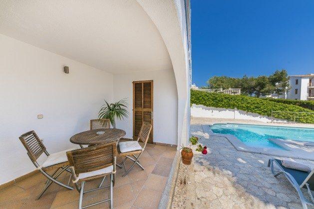 Kleine Terrasse Mallorca Alcudia Alcanada Villa 27849-1