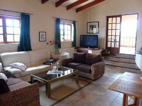 Ferienhaus Casa Nana Wohnung Piso Luna Wohnzimmer